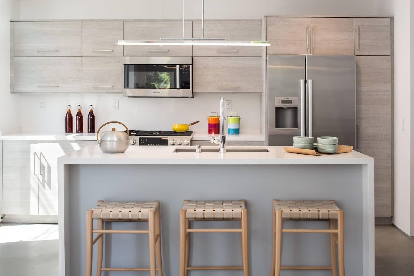Custom_kitchen_contemporary_tfl_ptflat_textured_pebblebeach_01